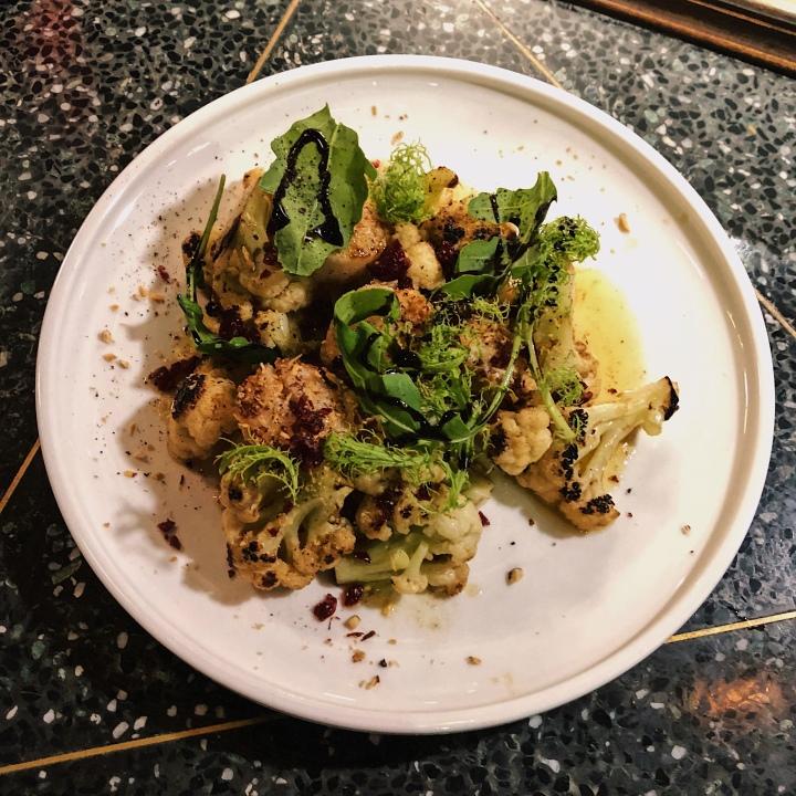 烤花椰菜與香煎干貝